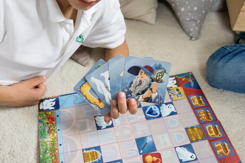 Coded Castle. Coding game. Captain Smart - family board game