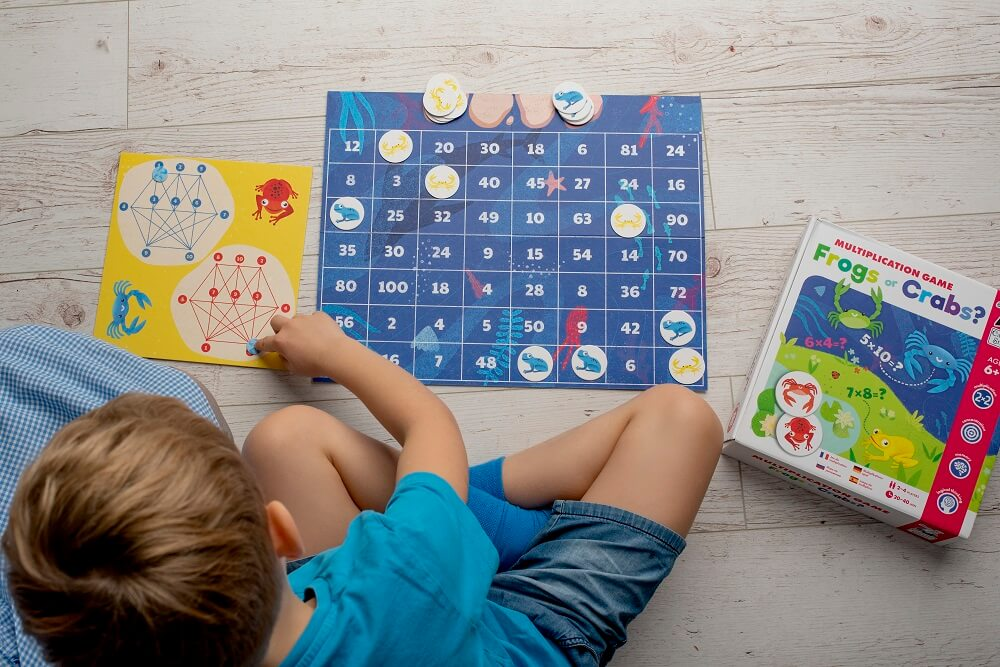 Frogs or Crabs? Multiplication Game. Captain Smart - learning toy