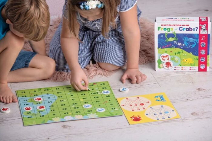 Frogs or Crabs? Multiplication Game. Captain Smart - game for 6+ year old kids
