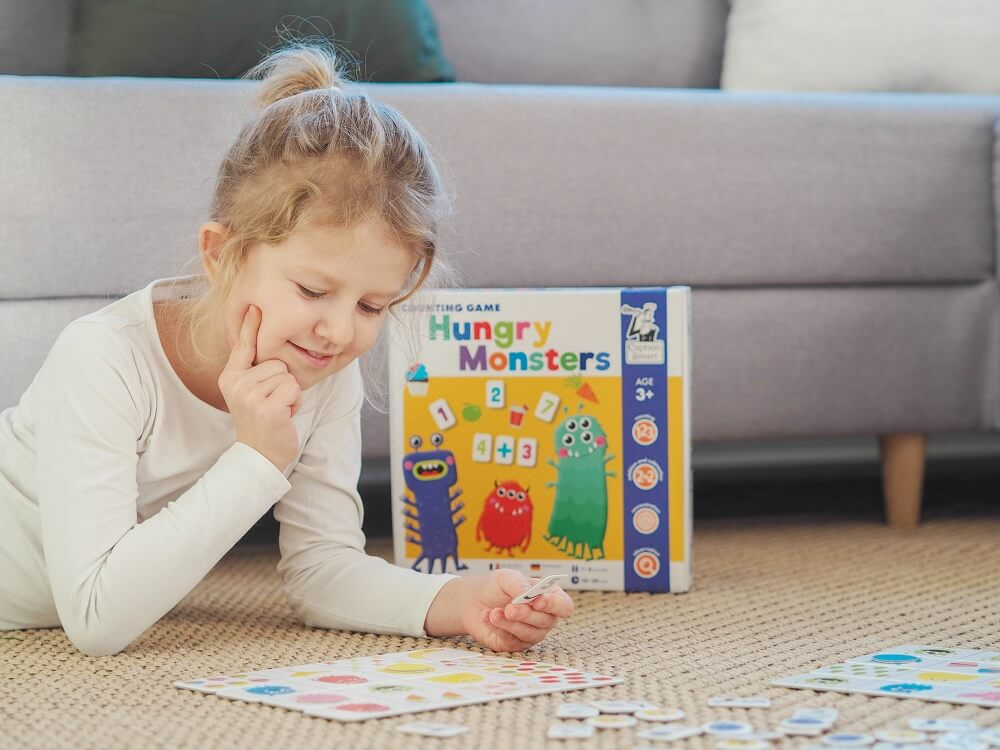 Hungry Monsters. Counting Game. Captain Smart - family board game