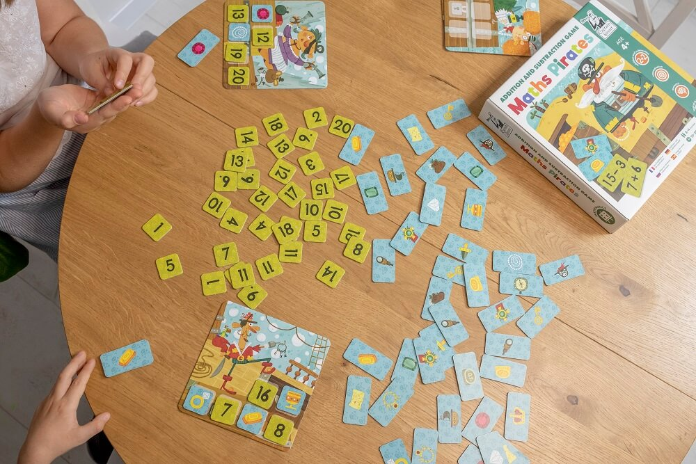 Maths Pirates. Addition and Subtraction Game. Captain Smart - game for 4+ year old kids
